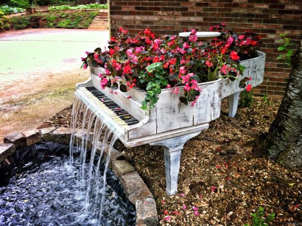 Фонтан в саду: заспокійлива енергія води